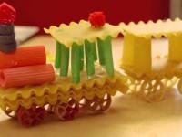 Поделки из макарон — мастер-класс и подбор лучших идей для поделок из пасты и макаронных изделий (105 фото)