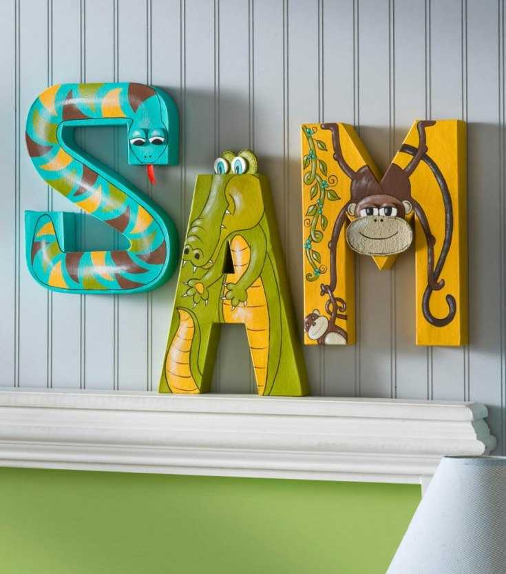 объемные буквы из картона на стене картинки таким названием неплохо